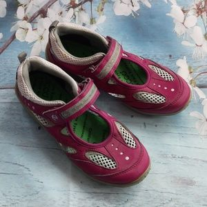Ecco Girl US 1.5 - 2 Pink Mary Jane's Shoes